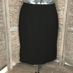 Jones Studio Black Knee Length Skirt